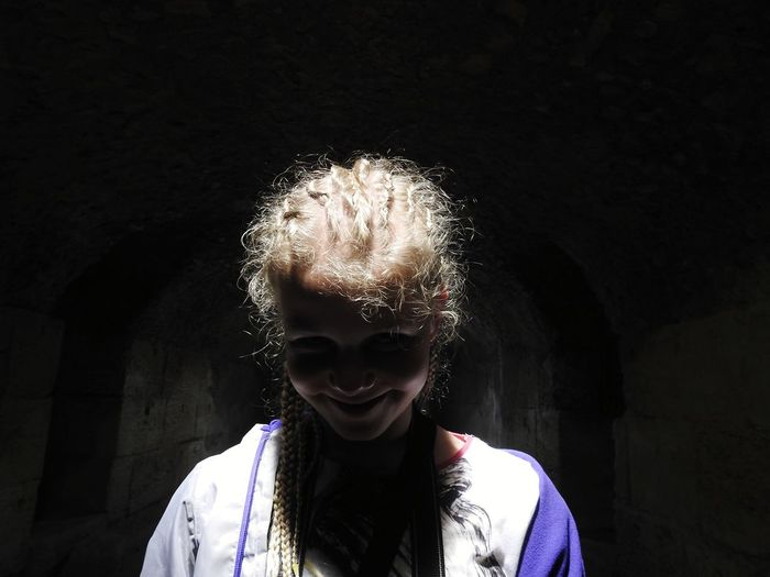 I see you I See You Underground Horror Funny Summer ☀ Tunisia El Jem Amphitheater Angel Africa Daughter Black Background Portrait Beauty Human Face Headshot Happiness Beautiful People The Portraitist - 2018 EyeEm Awards Creative Space