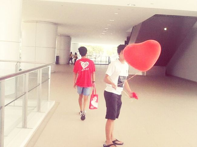 he and his balloon . :p New Amk ITE Openhouse