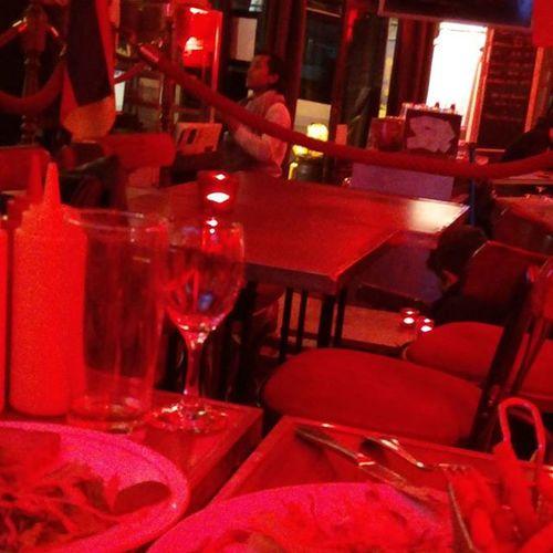 @Abbesses 最近同い年でも尊敬 頑張らなきゃ 26 Red Wine Keepdrinking Drinking Chatting Eclair Alsace Misstrain Taxi なぜか運転手八丁堀住んでたとかいいだしたw 八丁堀 Paris Goodnight