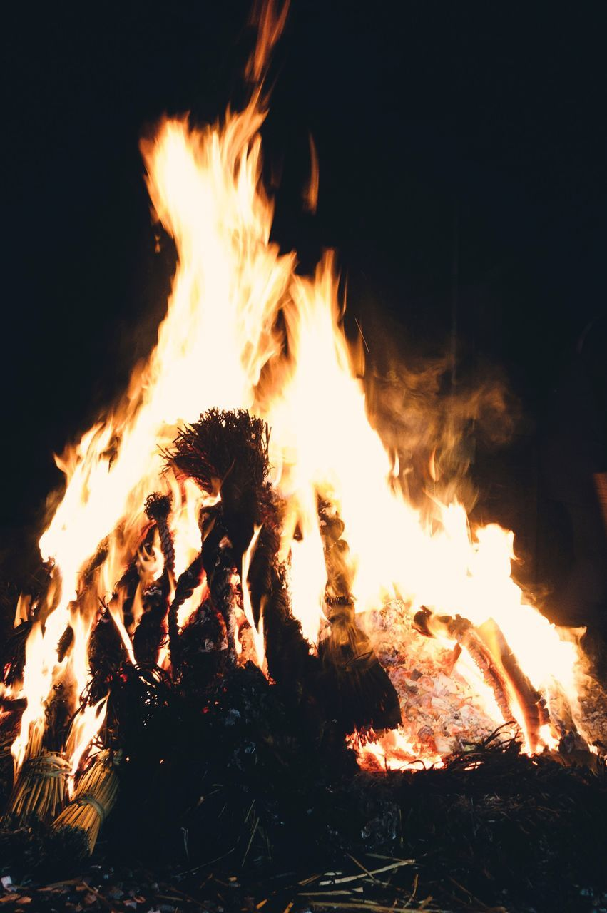 burning, flame, fire, fire - natural phenomenon, heat - temperature, log, night, motion, bonfire, wood, glowing, wood - material, firewood, nature, orange color, no people, close-up, environment, campfire, land, outdoors