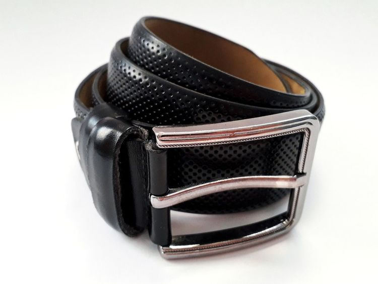 Black leather belt with metal buckle on white background Fashion Fashion Photography Accessory Accesories Men Mensfashion Close Up Closeup Belt  Belts Leather Leather Belt Leather Texture Black Black Leather Metal Buckle Studio Shot Fashion No People Black Color White Background Indoors  Close-up