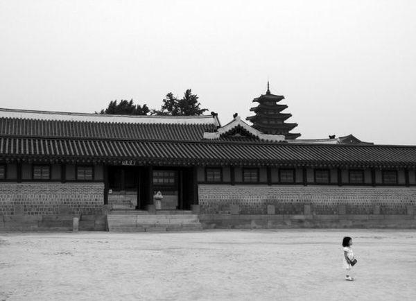 Deceptively Simple Streetphotography Street Photography Korea