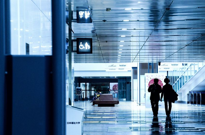 Indoors  Walking Modern Reflection Airport Landscape Eye4photography  EyeEm Best Shots - Landscape Exceptional Photographs EyeEm Best Edits EyeEm Best Shots EyeEm Gallery Photography Melancholic Landscapes Mypointofview Light And Shadow Silhouette Real People