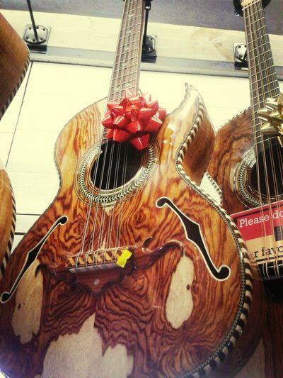 un bajosexto paracho Bajosexto Michoacan Guitarra Guitars