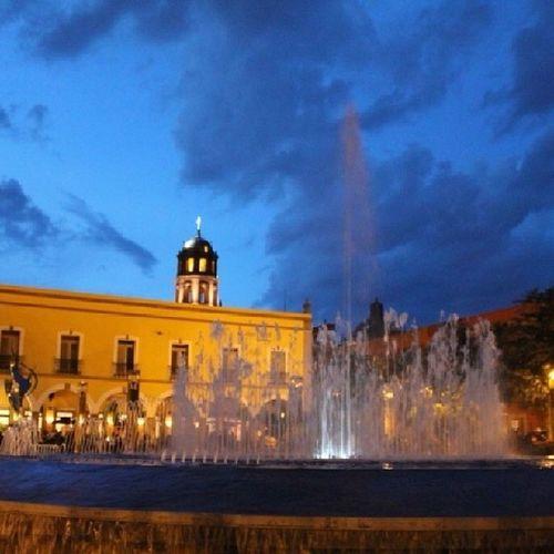 Querétaro ,Plazamunicipal ,Fuente ,Instancolor ,landescape,pueblito,anochecer,like4like,