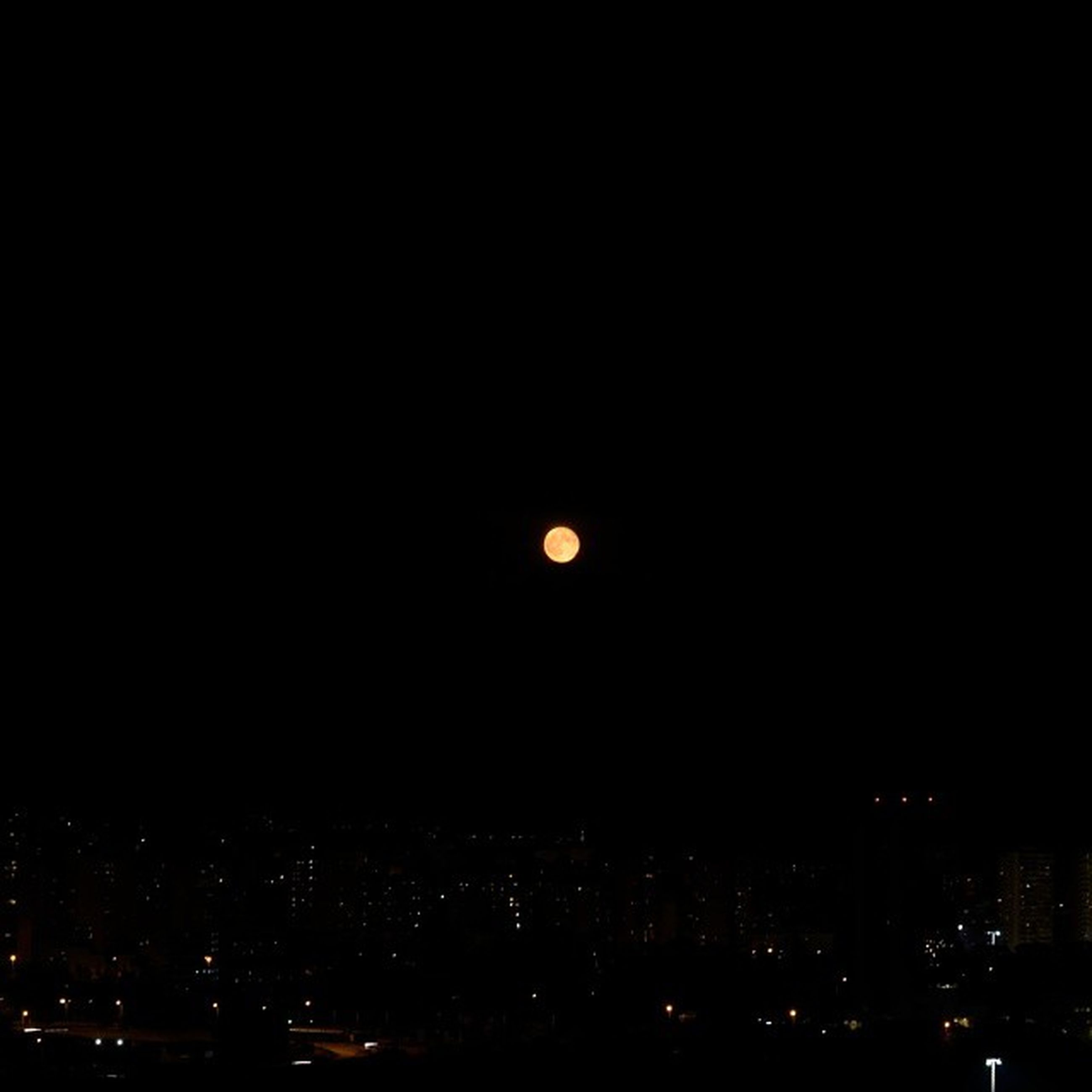 night, illuminated, city, cityscape, copy space, moon, dark, building exterior, architecture, built structure, sky, clear sky, full moon, scenics, outdoors, no people, silhouette, crowded, beauty in nature, nature