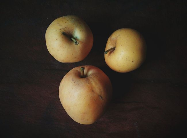 Effects & Filters Effects Leisure Activity Leisure Time Blasted Little Things Apple Photography Objects Of Interest Object Photography Apple Colour Of Life Color Palette Vein Eyeem Photo Interior Style Three Apples Three Enjoying Life Light And Shadow Light And Darkness  PhonePhotography