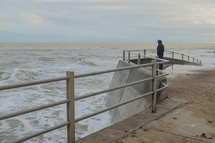 Sea Railing