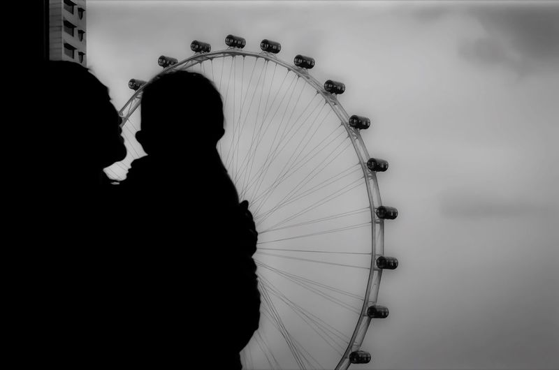 [ Mother And Son ] Q Quietude Singapore Flyer The Tourist Ferris Wheel Looking At The Window Sillouette Miles Away Travel Travel Destinations Tourism Tourist Attraction  Tourist Tourist Destination Welcome To Black Long Goodbye Visual Creativity The Portraitist - 2018 EyeEm Awards The Traveler - 2018 EyeEm Awards A New Beginning International Women's Day 2019 Moms & Dads