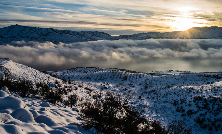 Winter Sunset Over Lake Chelan Chelan Clouds Clouds And Sky Cold Contrast Lake Chelan Mountains Snow Sunset Sunset_collection Washington Washington State Winter