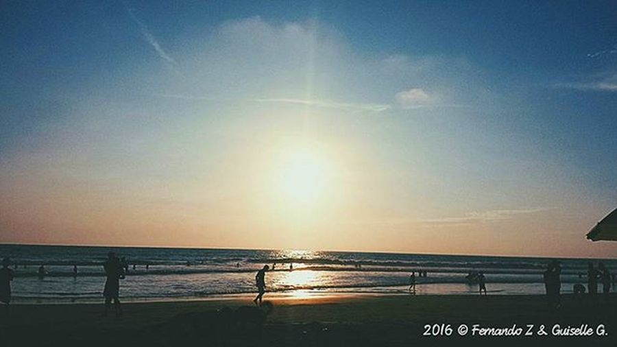 My country. ...🌅🌎🌊🏄 Instameetec Sundown Surf Beachlife Sgs4 Pomelo Sunset Landscape Photography Capturemoment Rutadelspondylus Descubreecuador ViveEcuador Ecuador_estrella Paisajesecuador593 Ig_captures Likeit Super_photosunsets