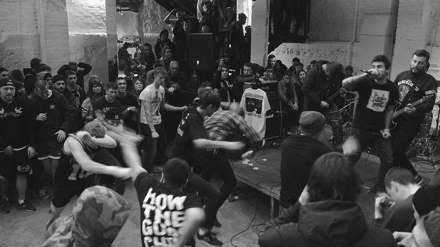 Crowd Gig Large Group Of People Punk Punkrock Real People