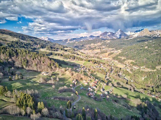Les Gets Haute-Savoie  Alpes Alps Printemps Coucher De Soleil Spring Nuages Cloud Forest Foret Neige Snow Village Chalet