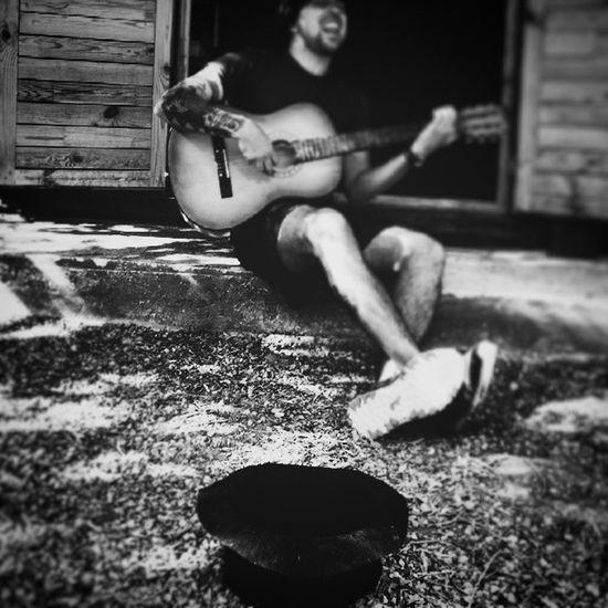 Guitarra Gorra Chuches