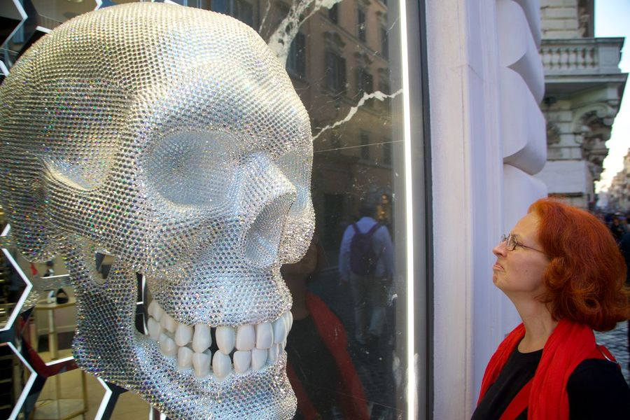 Be Nice Day Face To Face Glass - Material Human Representation Jolly Roger Lifestyles Looking One Person Outdoors Portrait Real People Reflection Retail Display Shopping Smiling Store Store Window Strange Interaction Suspicious Window