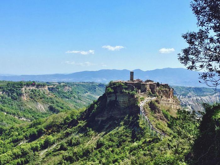 Visiting the Dying City : Civita Di Bagnoregio - Architecture Nature Travel Destinations Beauty In Nature Town Tuscany The Great Outdoors - 2017 EyeEm Awards The Great Outdoors - 2017 EyeEm Awards The Architect - 2017 EyeEm Awards Lost In The Landscape