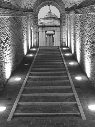 Architecture The Way Forward Direction Built Structure Arch Indoors  No People Entrance Absence Ceiling Staircase