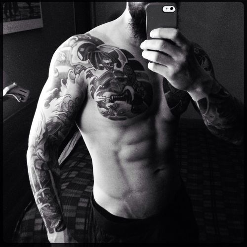 Menphysique Manphysique Body & Fitness BodyBuilder Bodybuildingmotivation BodybuilderLifeStyle Bodybuildinglifestyle ManWithTattoos That's Me Man With Tattoo Tattooed Tattooman Tattooedmen