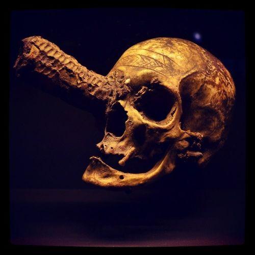 Skull Bones Paris Quaibranly