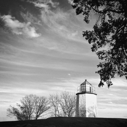 Lighthouse and trees against sky at stony point battlefield