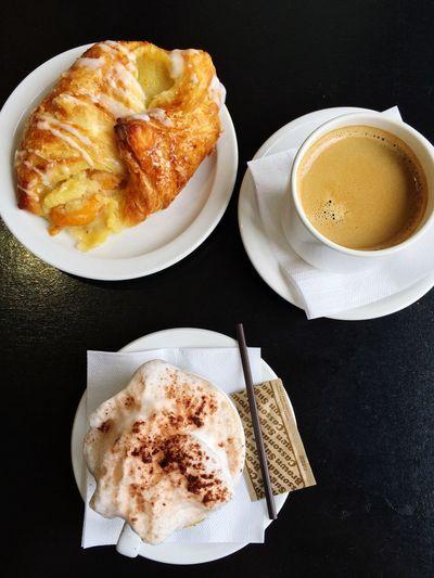 Coffees & Pastry Coffee Pastries TMR Montréal Quebec Canada