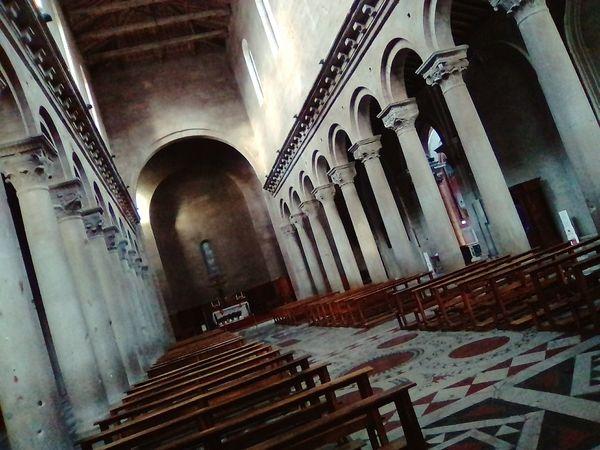 vita religiosa Religion Vita Religione Chiesa Spirito Preghiera Monumenti Storia Medioevo Citta