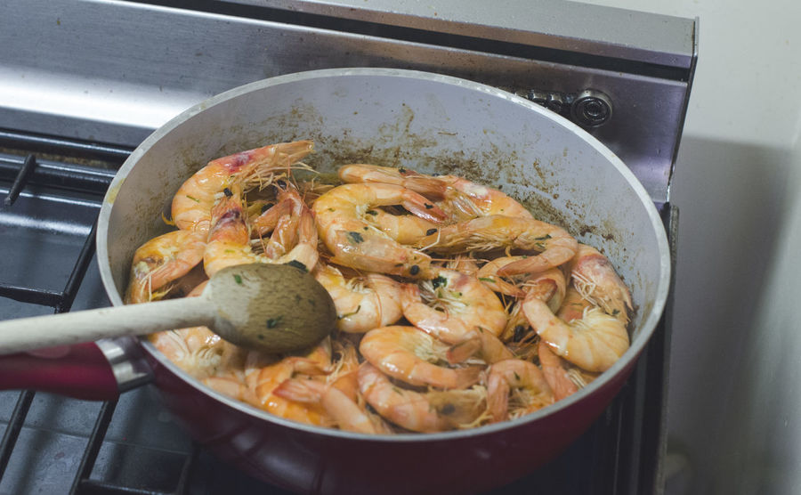 Delicious home-made shrimps. Cooking Cooking At Home Cuisine Culture Delicious Food French Freshness Fried Grilled Healthy Eating Home Made Home Made Food Meal Nomnomnom Plate Pot Ready To Eat Sea Food Seafood Served Shrimp Shrimps Tasty Travel