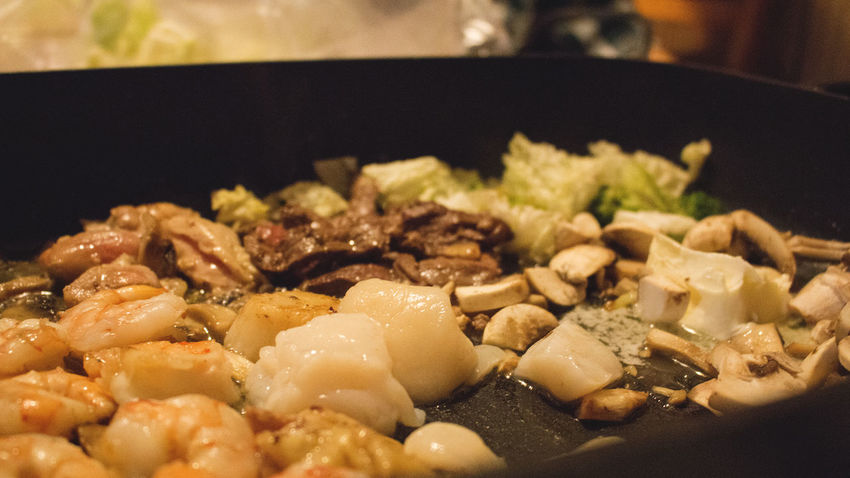 Cooking dinner! Close-up Cooking Cooking At Home Cooking Dinner Cooking Vegetables Dinner Food Frying Food Healthy Eating Indoors  Japanese  Japanese Cooking Style No People Sea Food Selective Focus Stirfry Vegetables And Meat