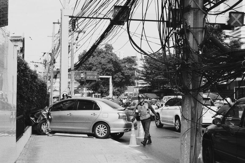 Bang!!! Accident Bang Bangkok Black And White Photography Car City Life Dont Drink And Drive Police Road Street Streetphotography Urban SonyNex3 People Watching Urban Lifestyle Spotted In Thailand