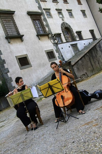 People Music Musician Musical Instrument Architecture Performance Group City Adult Villa Medicea Ambrogiana Lifestyles Citta In Villa EyeEmNewHere Montelupo Fiorentino Ambrogiana2017 Parco Ambrogiana Ex Manicomio Built Structure Eyem Collection OPG EyeEm Best Shots Ospedale Psichiatrico History Streetphotography Street Photography