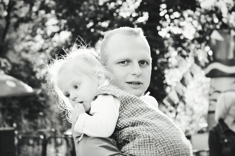 Child Blond Hair Bonding Childhood Portrait Togetherness Warm Clothing Females Smiling Happiness Single Parent Snowflake Sibling Babyhood Preschooler Unknown Gender Family Bonds Piggyback Bubble Wand Carrying On Shoulders Baby Boys Sister 0-11 Months Baby Clothing Snowing Brother Pacifier Blizzard Toddler  Baby Carriage The Still Life Photographer - 2018 EyeEm Awards The Fashion Photographer - 2018 EyeEm Awards The Portraitist - 2018 EyeEm Awards Love Is Love The Street Photographer - 2018 EyeEm Awards