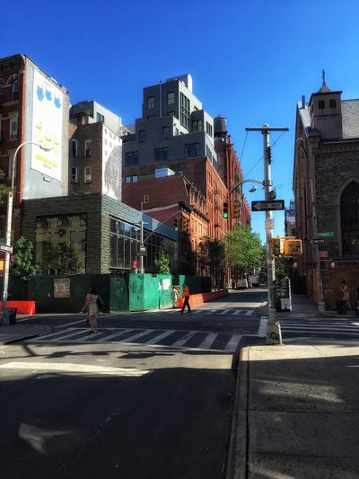 New modern vs old historic New York The Street Photographer - 2015 EyeEm Awards Check This Out Streetphotography Old Buildings Architecture Walking Around Taking Photos NYC Eye4photography