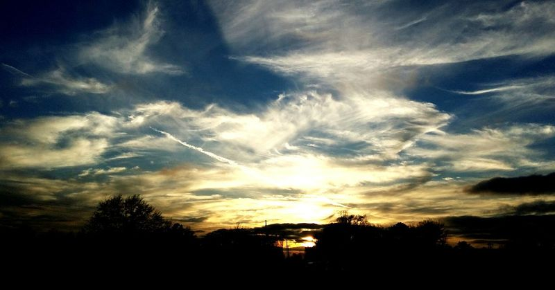 Sunset #sun #clouds #skylovers #sky #nature #beautifulinnature #naturalbeauty #photography #landscape God's Canvas