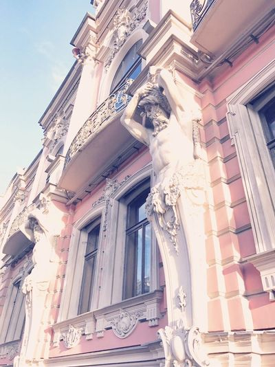 Low Angle View Built Structure Sculpture Window No People History Outdoors Day Statue Building Exterior Baroque Style Ornate Architecture Sky City