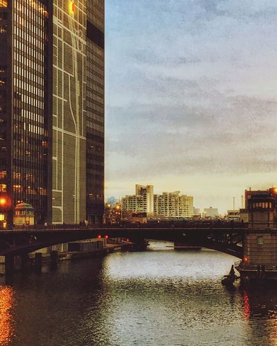 Chicago Chicagoloop Dusk In The City Architecture Sunset Love Chicago Chicago Riverwalk Chicago Skyline Yellow Colors Most Beautiful  Friday Night Lights Sparkle Bright EyeEm Best Shots EyeEm Gallery Urbanphotography IPhoneography