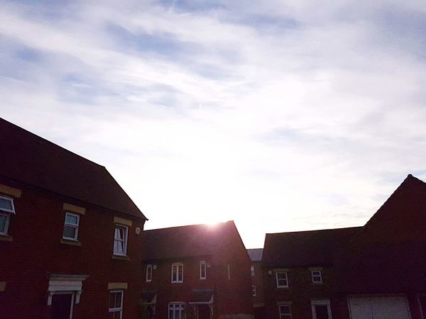 Everyone likes a sunrise right? Taking Photos Ashford Kent Sunrise And Clouds Sunrise In My Street
