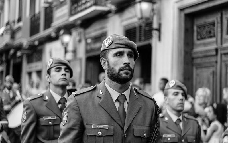 The Fashionist - 2015 EyeEm Awards Army City Life Zaragoza Portrait Streetphotography Fuerzasarmadas Retrato Blackandwhite Black & White