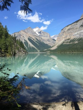 A walk through Mount Robson Park in Canada. What an amazing view! I love it!! Reflection Mountain Nature Water Lake Scenics Tranquility Landscape Idyllic Mountain Range Beauty In Nature No People Tranquil Scene Outdoors Horizon Over Water The Great Outdoors - 2017 EyeEm Awards