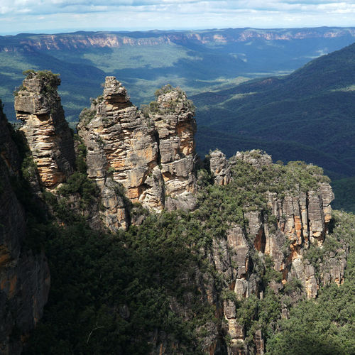 Three Sisters Mountains Three Sisters Blue Mountains Mountain Australia Travelaustralia Sea Cliff Tree Water High Angle View Aerial View Sky Landscape Close-up Rock Formation Rock
