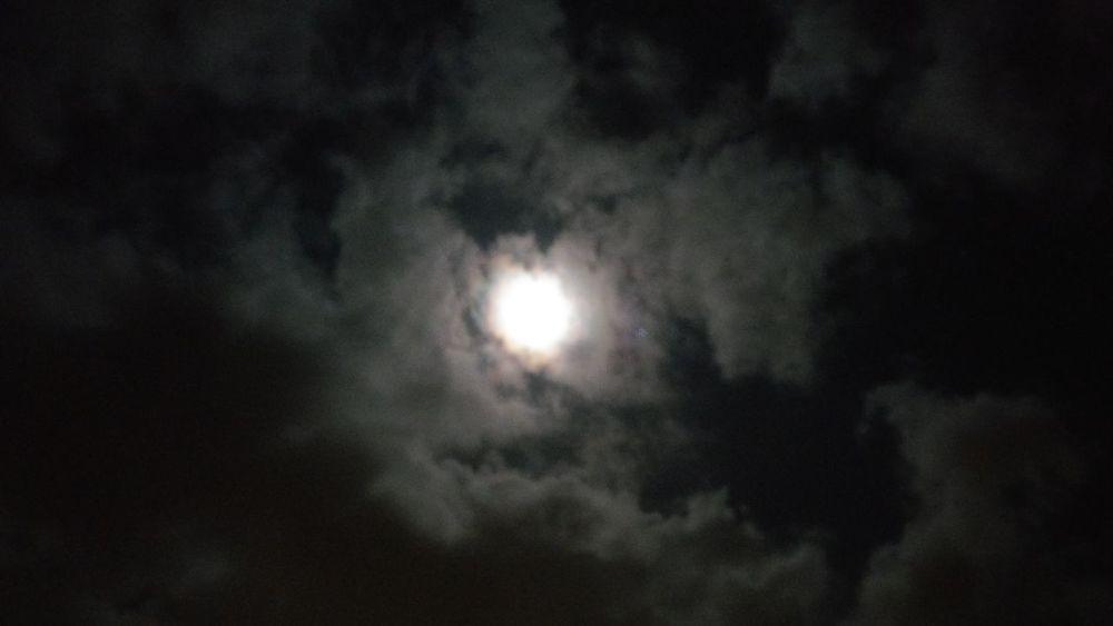 Rare supermoon behind clouds, Night, Stock. Supermoon2018 Bright Night Moon Night No People Illuminated Nature Outdoors Astronomy Sky