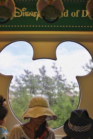 Hard rain/ゲリラ豪雨。このあとピカピカの晴れになることを、まだ誰も知らない Hard Rain Train Mickey Mouse Tokyo Disney Resorts Hanging Out Relaxing Enjoying Life Canon EOS 7D in Maihama Chiba Japan