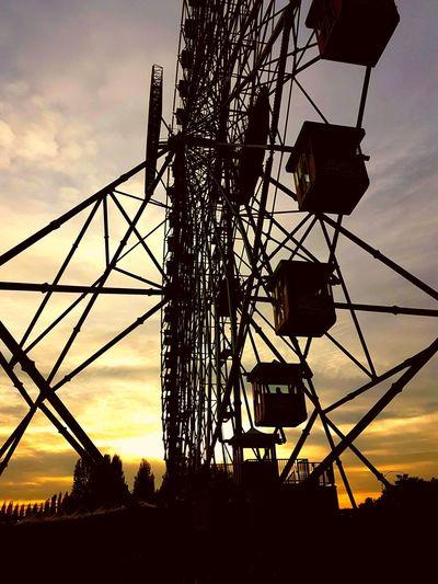 Silhouette Cloud - Sky Sunset Technology EyeEmNewHere Halloween 2017 Mirabilandia Mirabilandia🎡🎢🎠 Orange Sky Orange Color No People Wheel The Week Of Eyeem Eurowheel Panoramic Wheel Silhouette Russia Ruota Panoramica Well