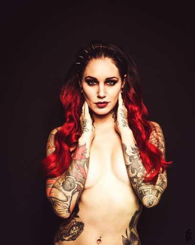Cervena Fox Beauty Portrait Beautiful Woman Women Studio Shot Photooftheday Tattooed Beatiful Girl Guntphotoart Tattoo Inked Fashion Photography Beautiful Tattooconvention Tattooartist  Tattoo Convention Marseille Tattooing Tattoo Life