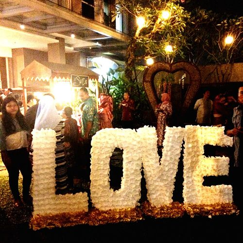 All we need is LOVE. Love Party Party Time Social Gathering Celebration Architecture Outdoors Like4like Followforfollow Urban Art ArtWork