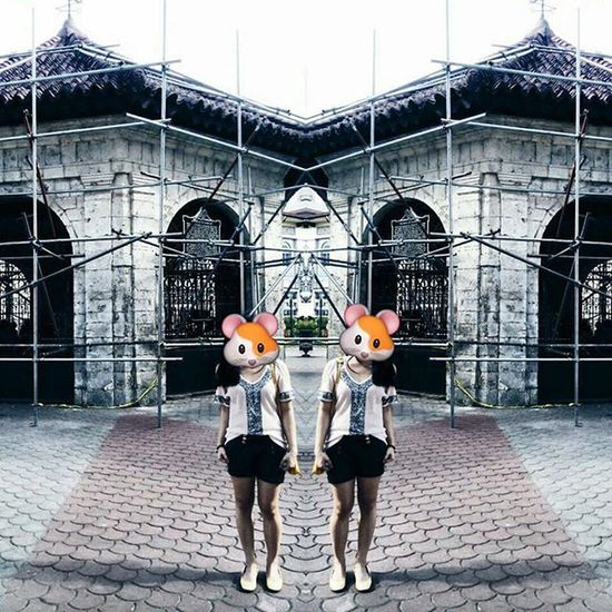 Under construction ang background. hahaaha Love Wanderlust