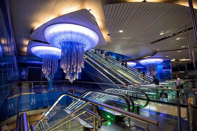 Dubai❤ Dubaicity Burjuman Metro Dubaimetro Awsome Arcitecture Eyem Best Shots The Week On Eyem Streetphotography Dubai Metro Station Blue The Architect - 2016 EyeEm Awards