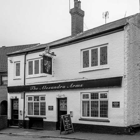 The Alexandra Arms, James Street, Rugby, Warwickshire Architecture Black And White Northampton Monochrome Rugbytown Warwickshire FUJIFILM X-T10 Rugby Pubs Pubs