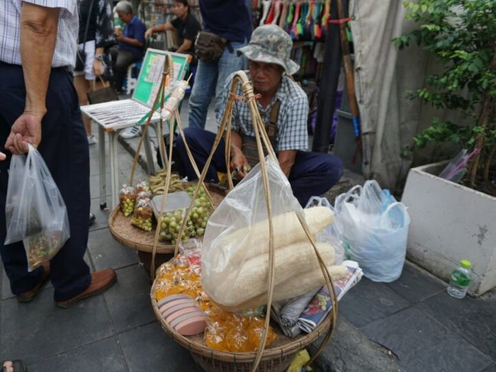 hawker Buy Sell Streetphotography Food Glance Southeastasia Concentration