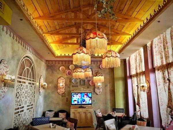 Indoors  Window History Multi Colored No People Architecture Day Mix Yourself A Good Time Mall Uae,abudhabi Tranquility Summerfeelings Photography Drinking Glass Cocktail Indoors  City UAE , Dubai UAE Smoke Sofa