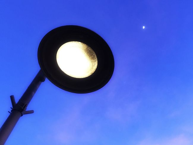 The OO Mission Light Sky Blue Looking Up Street Light Low Angle View Lamp Streetlamp Street Lamp Street Lights Fine Art Photography Light Pole Fresh On Eyeem  Showcase July The Magic Mission The City Light 10